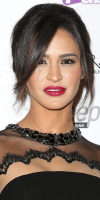 Leila (Secret Story 8) : un beauty look glamour !