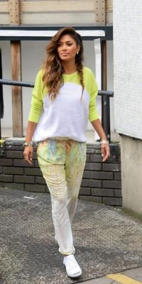 Nicole Scherzinger : une beauté fluo dynamique !