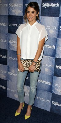 Nikki Reed : un look casual pop, comme on aime !