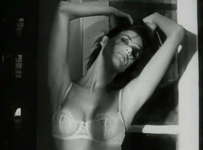 Alessandra Ambrosio fait un strip-tease torride pour LOVE Magazine