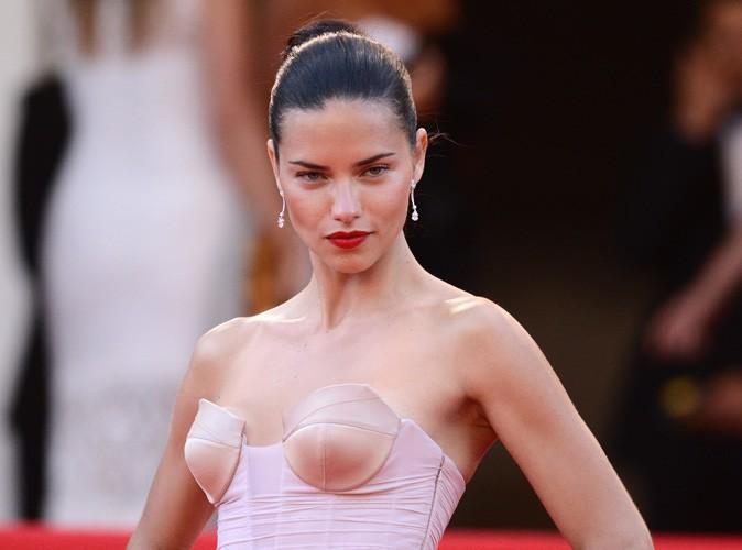 Beauté : Adriana Lima reprend sa place d'ambassadrice pour Maybelline !