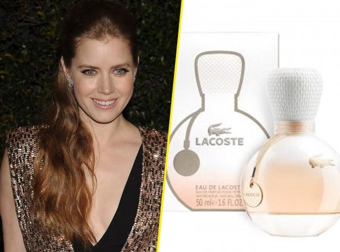 Beauté : Amy Adamségérie du nouveau parfum Lacoste!