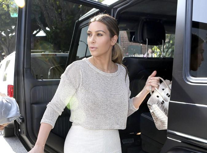 """Beauté : Kim Kardashian : """"Mes selfies sexy, c'est comme un doigt d'honneur à ceux qui m'ont traité de grosse !"""""""