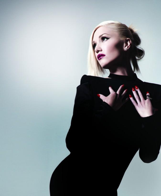 Beauté : Photos : O.P.I x Gwen Stefani : une collection de 18 nouveaux vernis rock & glamour pour Noël !