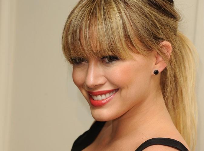 Beauté : pourquoi Hilary Duff change-t-elle de coupe de cheveux comme de chemise ?