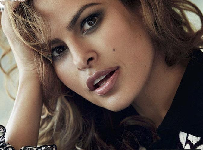 Eva Mendes se livre comme jamais en couverture du magazine Latina