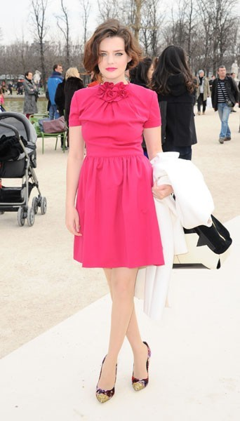 Roxane Mesquida chez Valentino - Fashion week automne-hiver 2013/14