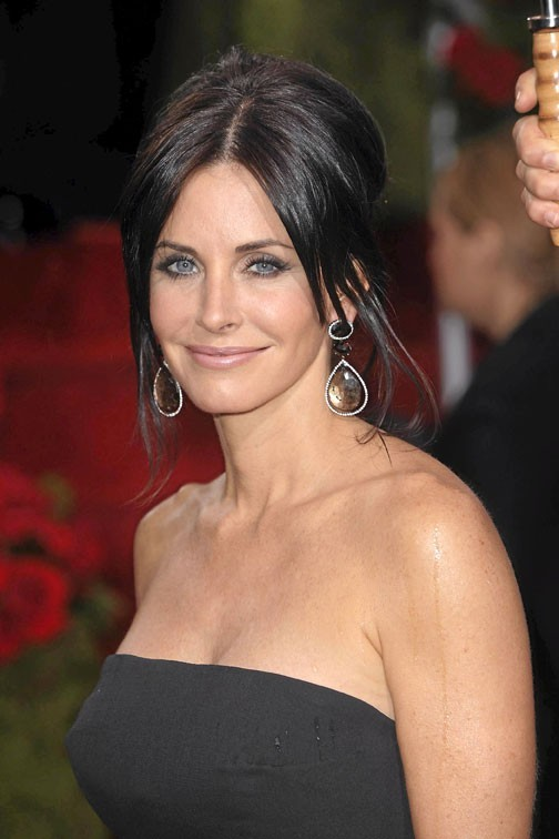 6 COURTENEY COX