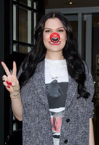 Jessie J avec son Red Nose.