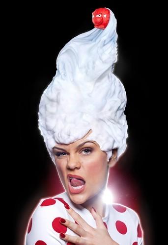 Jessie J pour le Red Nose Day de Comic Relief.