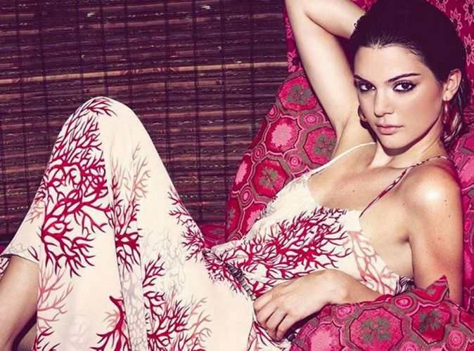 Kendall Jenner : femme fatale pour sa campagne Le Lis Blanc !