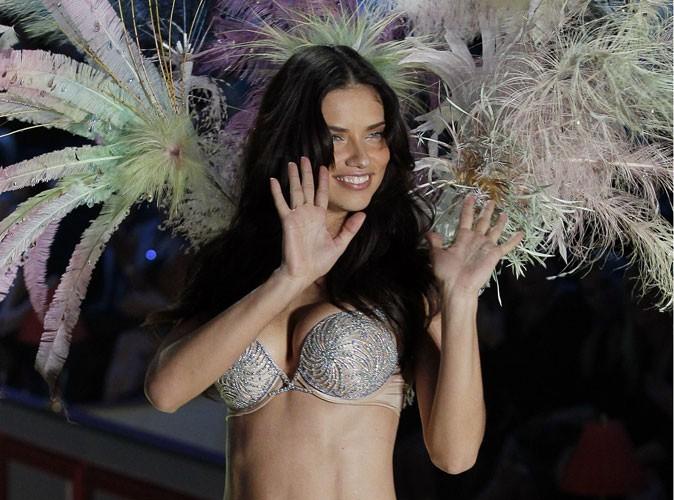 Le secret minceur d'Adriana Lima ? 9 jours de régime liquide !