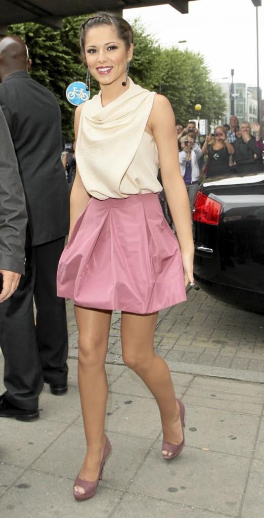 Craquante en jupe rose bonbon !