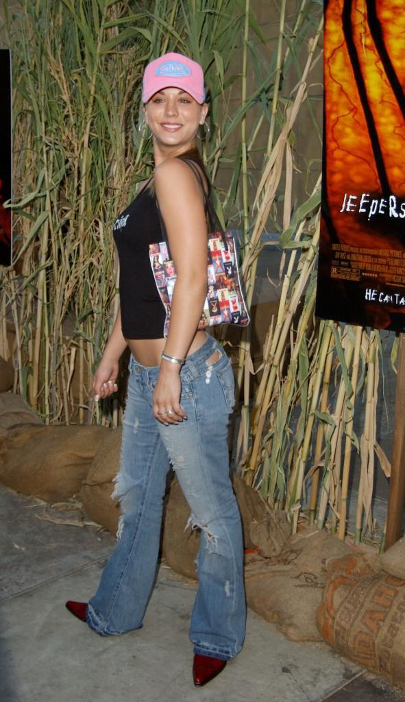 L'adolescente au naturel (2003)