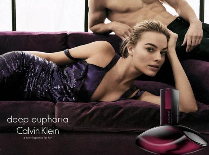 Margot Robbie : l'actrice australienne est l'égérie du nouveau parfum Calvin Klein !