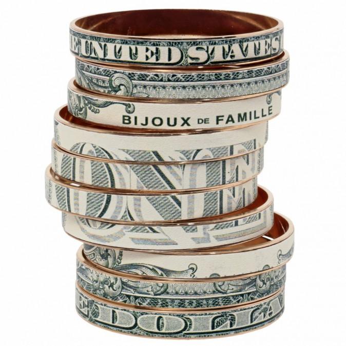 Bracelets en métal et cuir imprimés (set de 10), Bijoux de Famille 360 €
