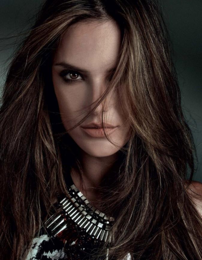 La belle Alessandra Ambrosio pour Bobstore