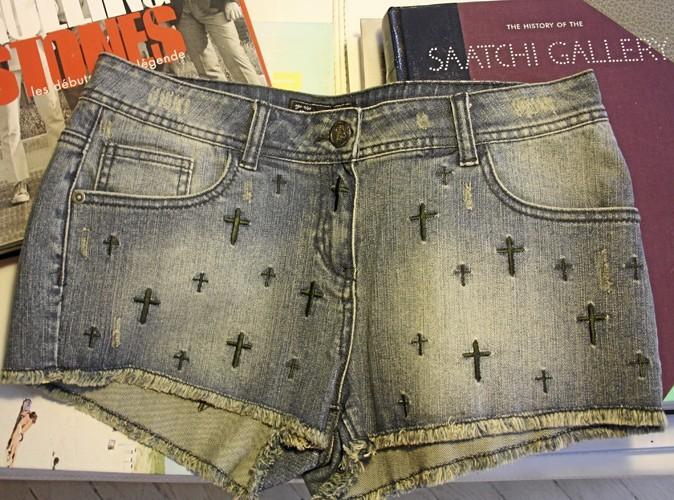 Short en jean à croix brodées, New Look 29,99 €