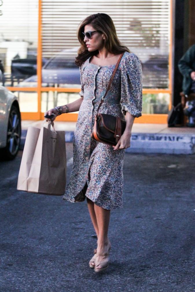 Un Fashion faux pas ? Que pense maman Mendes de cette tenue ?