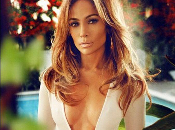 Mode : Jennifer Lopez : elle affiche son corps de bombe dans Complex !
