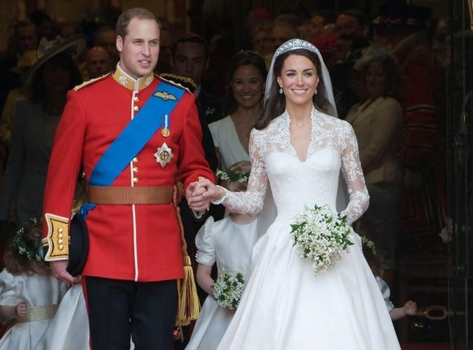 Mode : la robe de mariée de Kate Middleton exposée à Buckingham Palace !