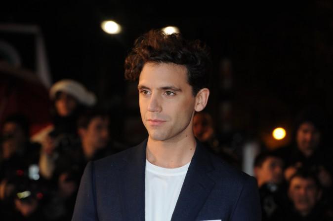 Le CV fashion de Mika : La chemise en toutes circonstances !