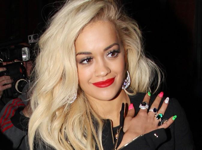Mode : Rita Ora : Contactée par Burberry pour une demande très spéciale...