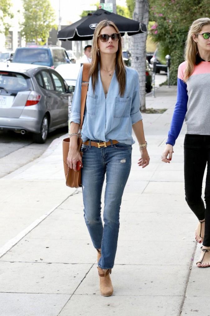 Alessandra Ambrosio : la chemise