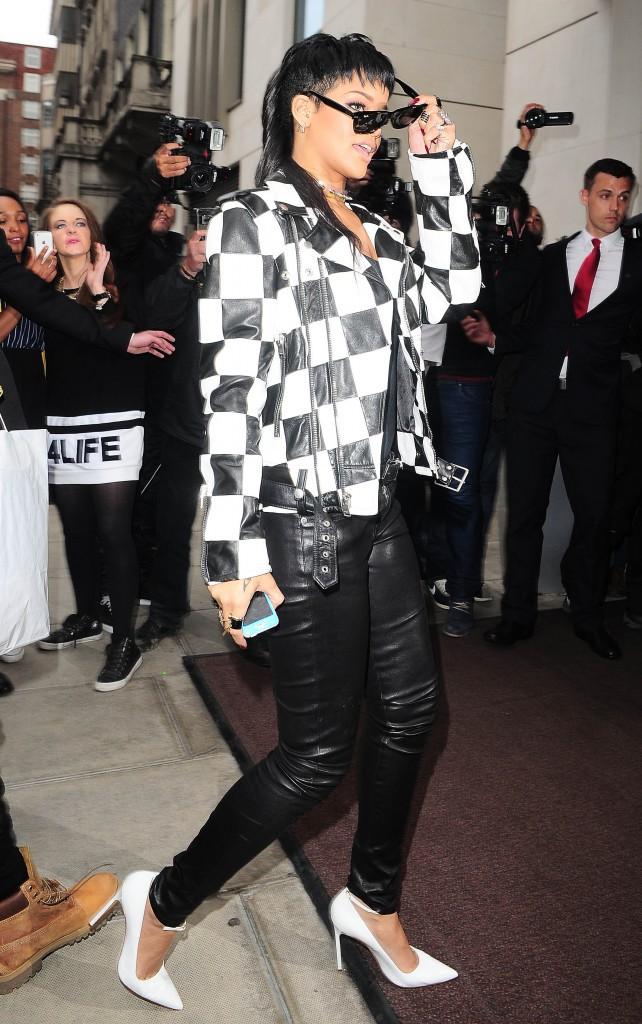 Rihanna : l'imprimé (damier)