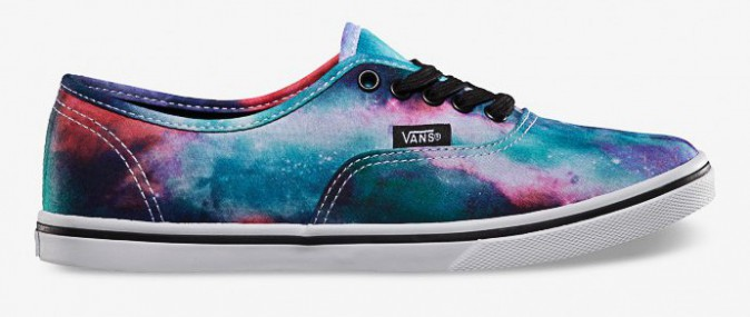 Imprimé galaxie, Authentic Lo Pro, Vans, 70€