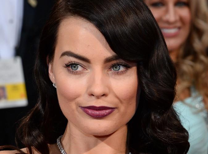 """News: Margot Robbie: """"Je me sens très mystérieuse en brune"""""""