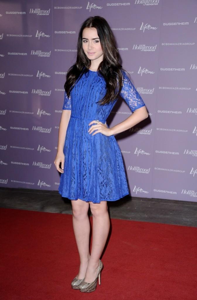 Lily Collins, tout de bleue vêtue !