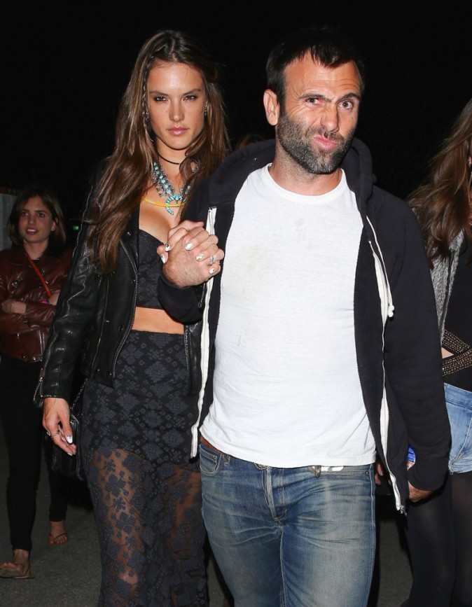 Alessandra Ambrosio et son mari au festival Coachella
