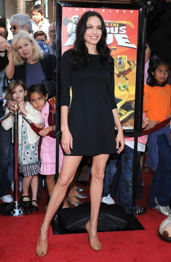 Angelina Jolie a des jambes interminables !