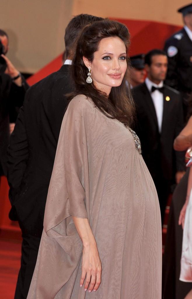 Angelina Jolie est enceinte !