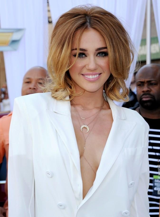 Miley Cyrus et son carré en mai 2012
