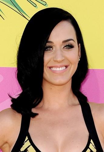 Ondulations façon rétro pour Katy !