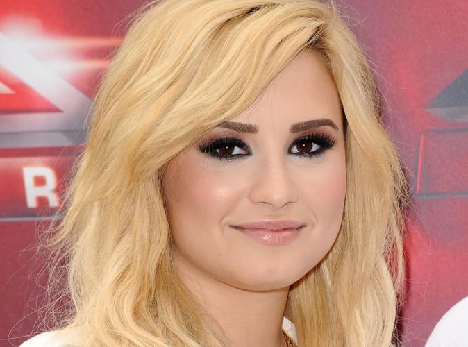 """Beauté : Demi Lovato  : """"J'aime être blonde, c'est amusant pour l'été !"""""""