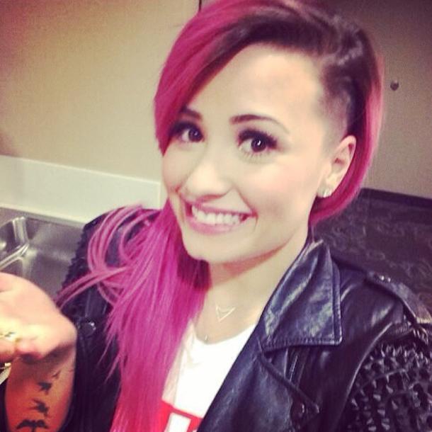 Demi Lovato et sa nouvelle coiffure au rasoir !