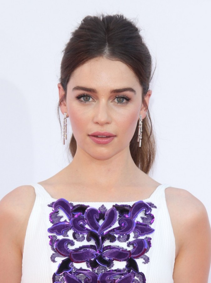 Emilia Clarke aux Emmy Awards 2012
