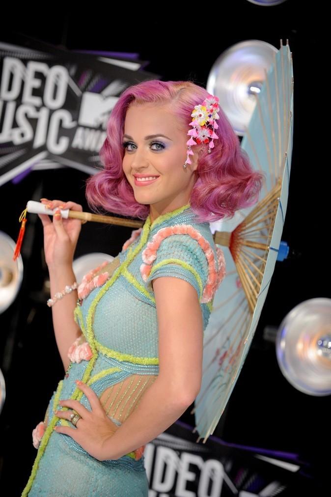 Août 2011 : Katy Perry avec les cheveux roses