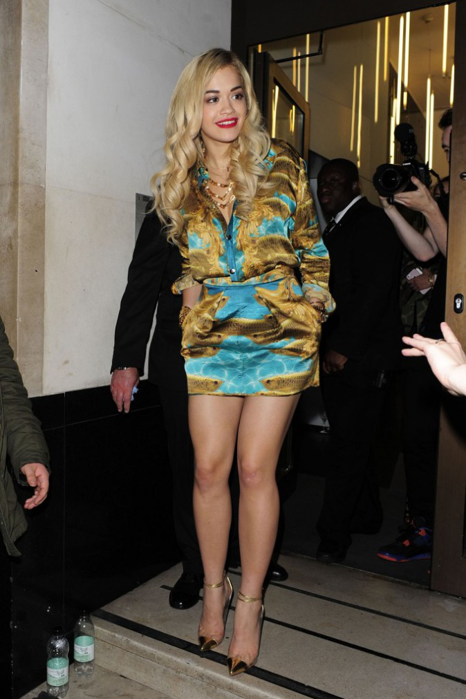 "Elles sont canons sans ""thigh gap""  : Rita Ora"