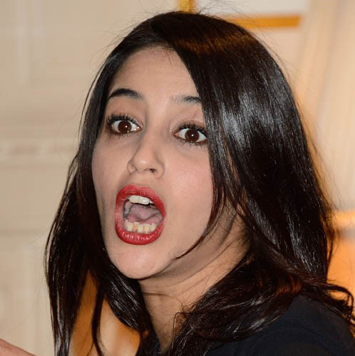Leïla Bekhti assume sa dentition imparfaite !