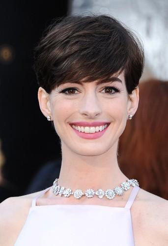 Anne Hathaway lors de la 85th cérémonie des Oscars le 24 février 2013 à Los Angeles