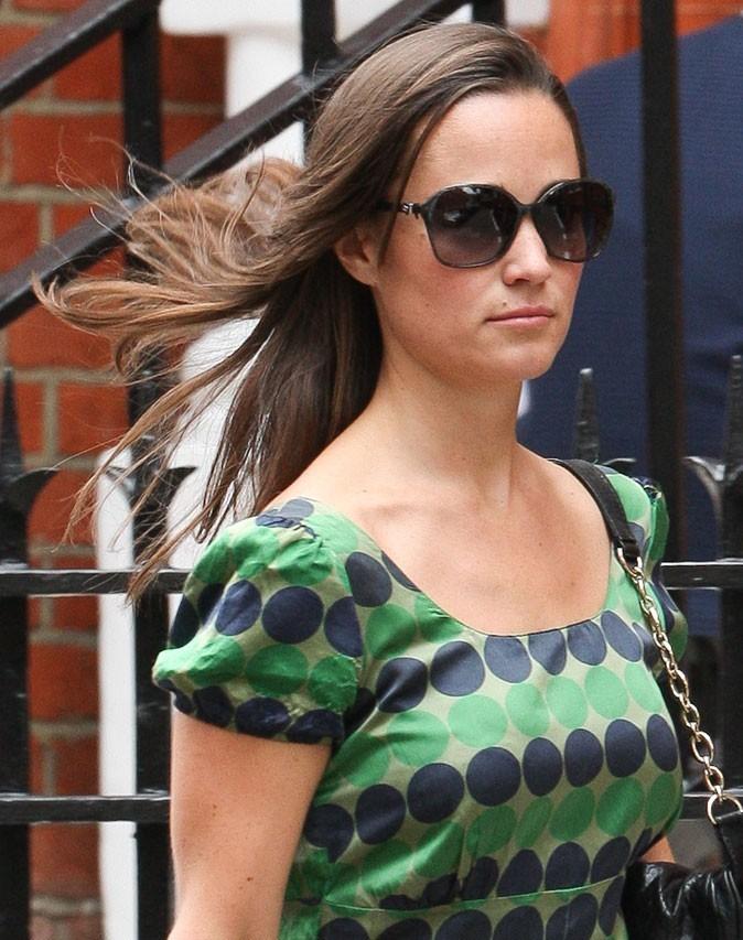 Cheveux au vent, Pippa est ravissante!