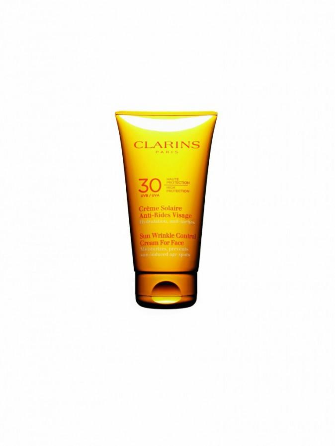 Crème solaire antirides SPF 30, Clarins 29 €