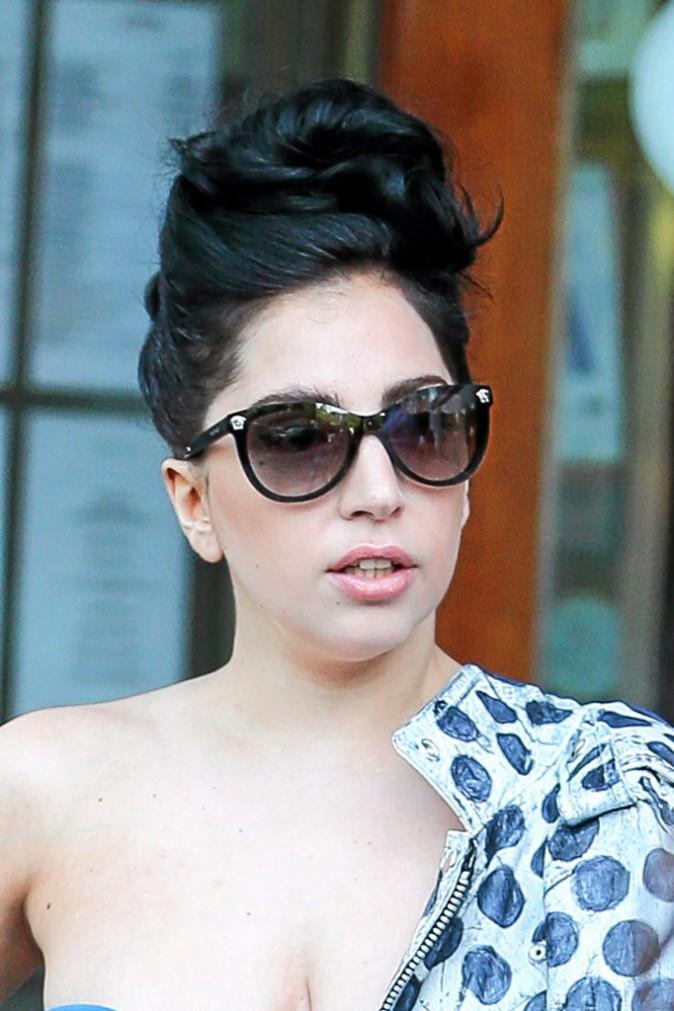 """Lady Gaga : L'alcorexia ou drunkorexia : le régime dit """"des alcooliques"""", consiste à manger très peu pour compenser le grand nombre de c..."""