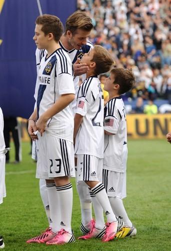 David peut compter sur ses fils pour le soutenir à chaque matches
