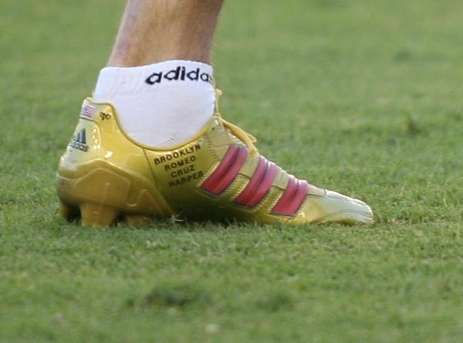 Quelque soit les chaussures, les prénoms sont toujours là.
