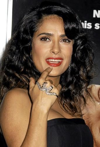 Le bracelet de main comme Salma Hayek